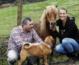 "Leah ""Liar"" Folloni with Bruce Poon of the Animal Justice Party Photo - Berwick Leader"